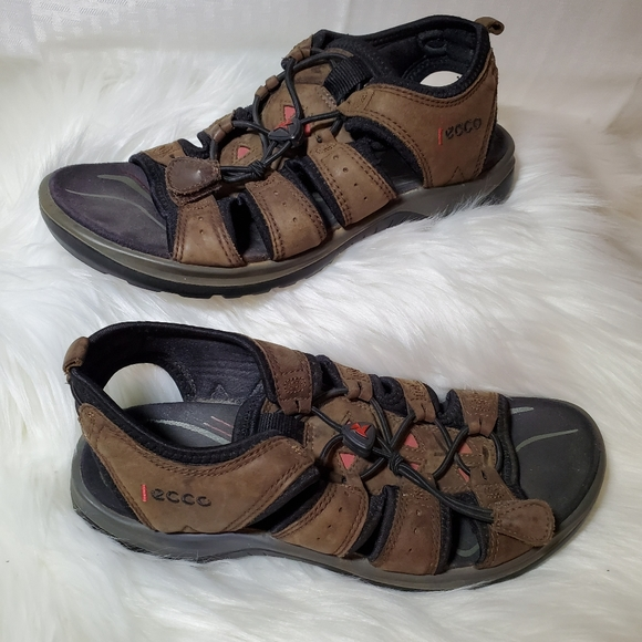 ecco walking sandals